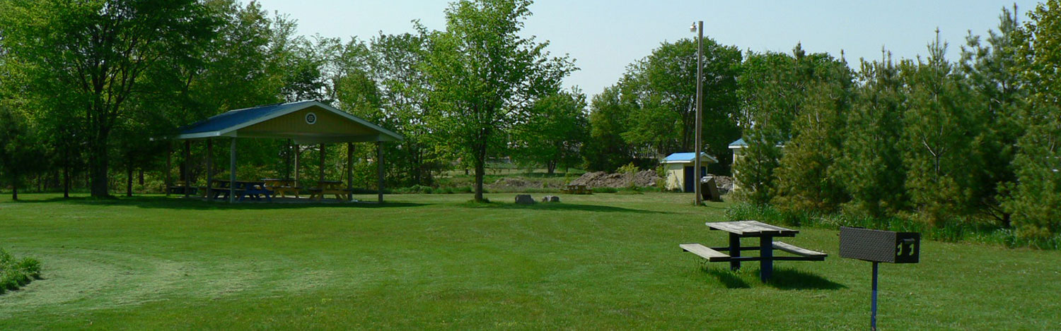 Shelter and picnic area at Rotary Park